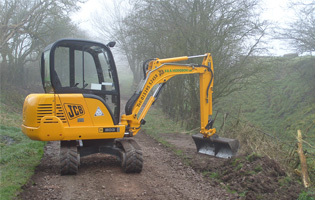 JCB 803 at work
