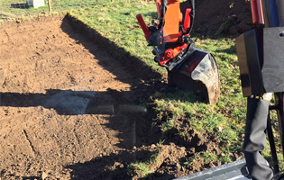 Rototilt working
